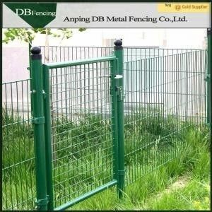 Green Galvanized Wire Mesh Face Gate , Welded Wire Mesh Fencing Panels