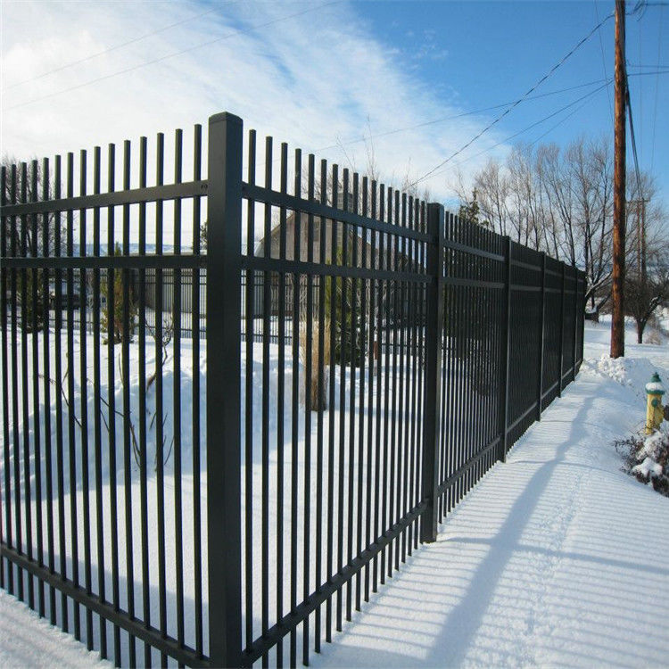 Galvanized & Powder Coating Tube Steel Fencing , Metal Picket Fence With Spear Top