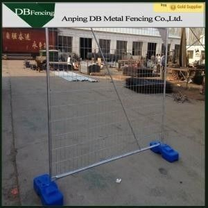 China Portable Temporary Dog Fence Panels , Security Temporary Barricade Fence factory