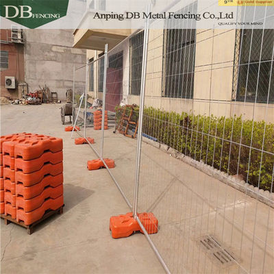 China 2.1x2.4m Temporary Metal Fence Panels , Steel Temporary Fencing Australia Standards factory