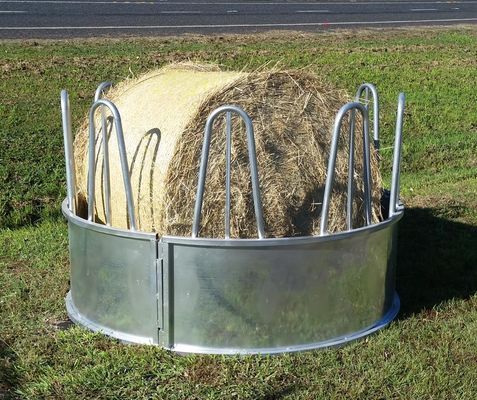 Hot Dipped Galvanized Round Bale Feeders For Cattle / Sheep 2000mm * 1006mm